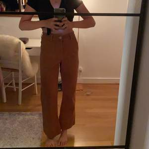 Jättefina jeans från Carin Wester, dom är tyvärr för korta för mig i benen vilket är synd :/