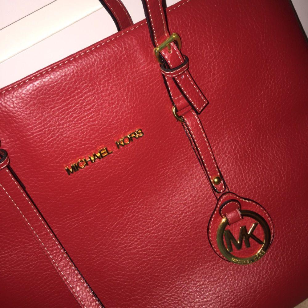 Michael kors väska. Helt ny. Väskor.