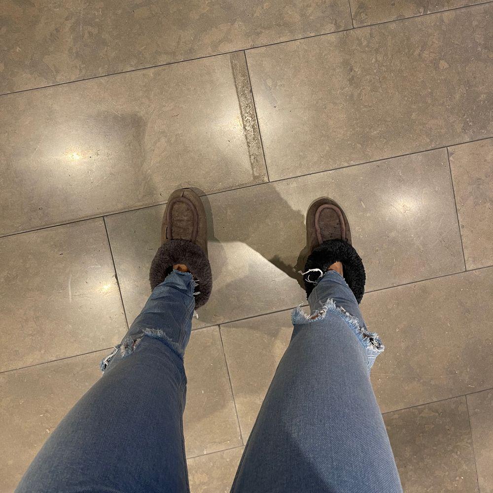 Jeans från zara gjort hålen själv. Jeans & Byxor.