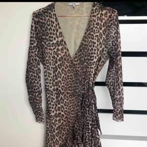 Ganni dress wrap over size 42