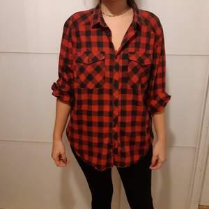Skön och slapp skjorta från H&M