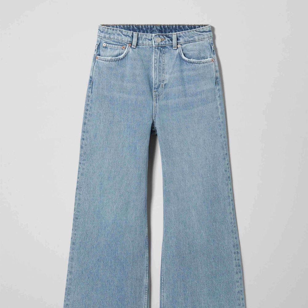 Weekday jeans aldrig använda. Jeans & Byxor.