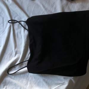 linne från ginatricot i storlek S. 50kr inkl frakt