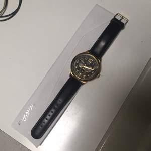 Nästan oanvänd klocka
