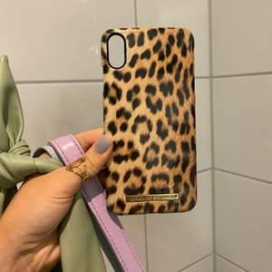 Leopard skal i hårdplast till iPhone xs Max