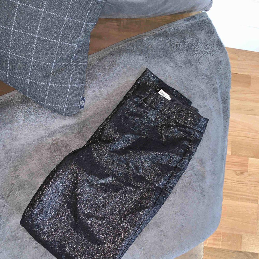 Filippa K byxor använda 2gånger  Kram. Jeans & Byxor.