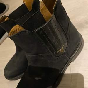 Säljer mina gant boots, storlek 37, väldigt bra skick! Knappt använda. Bud från 500 Ny pris 1999kr