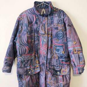 Vintage lightweight 90s jacket. Great condition