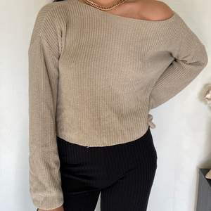 En tröja från NAKD i storlek S! (SWISH) frakt=55kr🦋