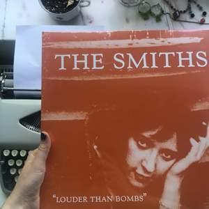 Oöppnad vinyl, The Smiths, Louder Than Bombs. Kan mötas i Stockholm, kloten betalar frakt annars❤️❤️💃🏼❤️