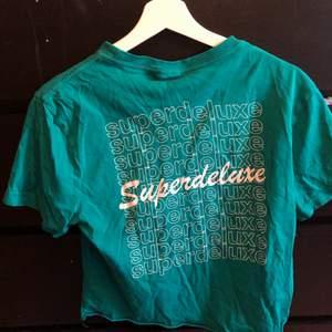 Blågrön t-shirt strl s/m