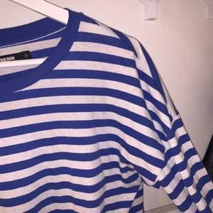 Superfin randig tröja som tyvärr inte kommer till användning längre