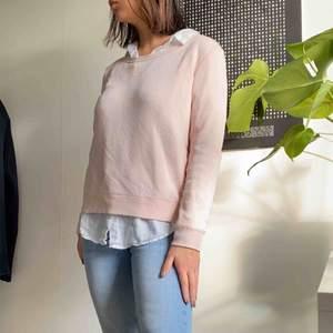 Rosa pullover från H&Ms basic kollektion
