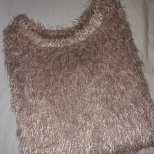 Super fin stickad tröja, inköpt från Zara. Storlek S
