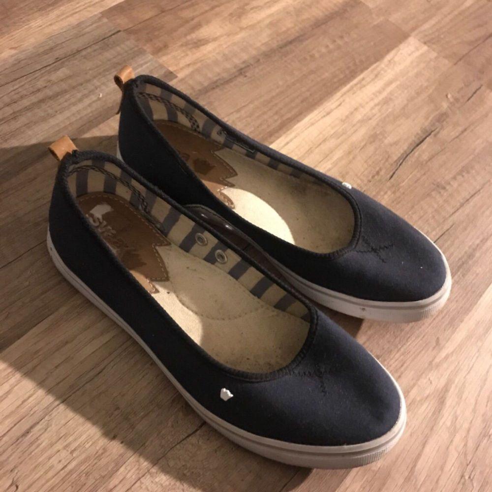 Svea skor, använd ett fåtal gånger. Jätte fint skick :) . Skor.
