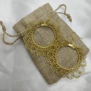 Handgjorda virkade örhängen ✨ nickelfria