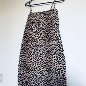 Mini klänning i storlek Small, bra skick