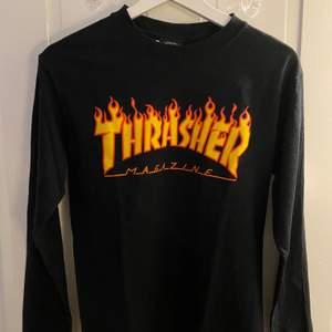 Superfin thrashersweatshirt i fantastiskt skick, knappast använd. Perfekt för alla lägen! ✨ Pris kan diskuteras.