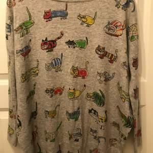 Super gullig tröja med kattmotiv, använd en gång.