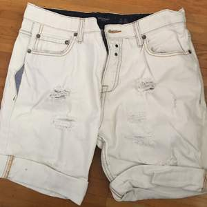 Short jeans trendy fashion for male