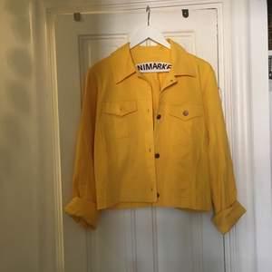 Helt oanvänd jacka från Minimarket, nypris 1900. I bomull