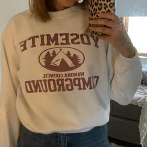 Jättemysig sweater. Knappt använd:)