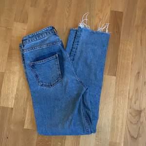 Raka jeans från h&m bra skick