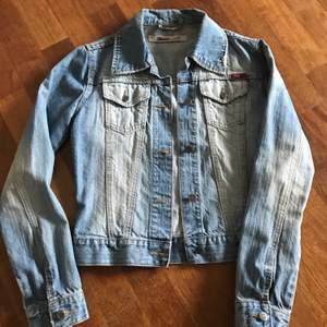 Jeans jacka från Only.