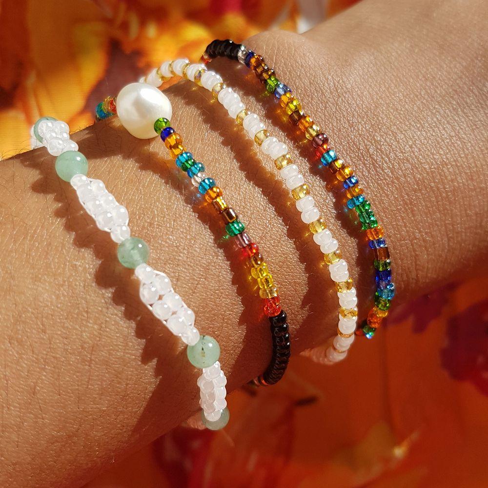 söta armband gjorda av glaspärlor. tar jätte gärna bästälningar där du får välja design 💞. Accessoarer.
