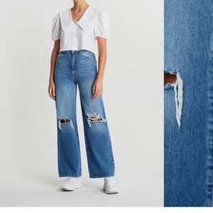 Tänkte kolla om det fanns något intresse på mina Idun wide jeans. Slutsålda i de flesta storlekar, passar perfekt för xs/s. Hör av er vid seriöst intresse💕 Köpta för 599 kr