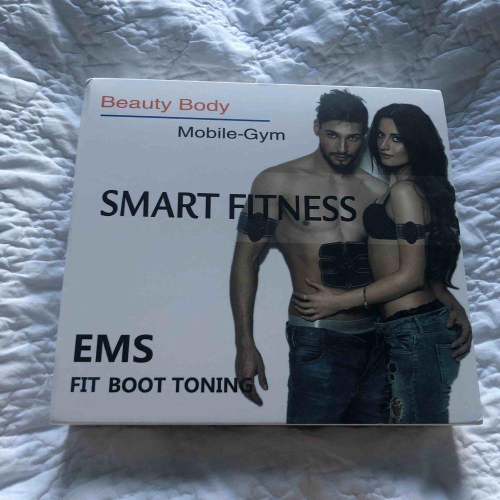 Smart fitness, aldrig använd. . Övrigt.