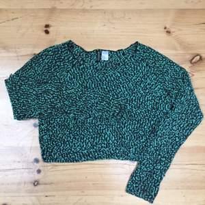 Prickig tröja från HM. Luftig och cool på samma gång 👐