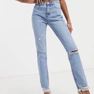Jeans från missguided, aldrig använda. Supersnygga, säljer för har 2 lika. Köpt för 419kr