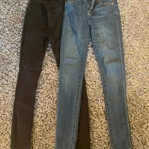 2 jeans i jättefint skick säljer pga de är för små. Ett par för 150kr båda för 200kr