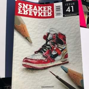 Riktigt cool sneaker book med en interview med Jerry Lorenzo (creative director och ägare av Fear of God)