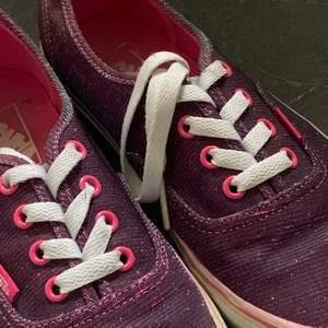 rosa/lila metallic vans. Använda några gånger