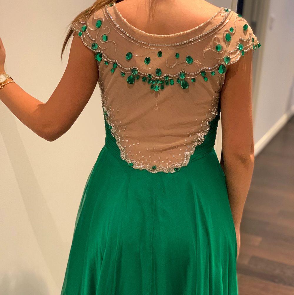 Sheri Hill klänning. Strl 34/36. Klänningar.