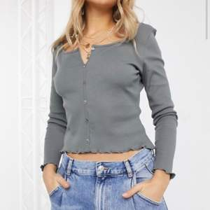 helt felfri tröja från NA-KD