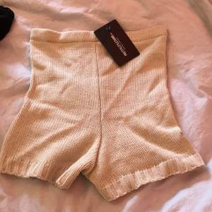 Skit snygga mjuka shorts, aldrig använda (prislapp kvar på plagget) storlek xs