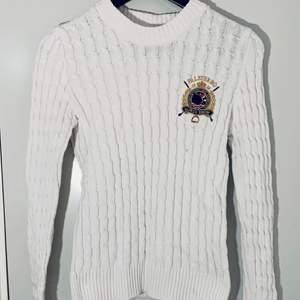 Fin vit tröja från Gina tricots colletion med Falsterbo 2019 (använd få gånger)