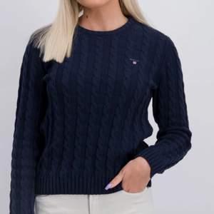 As fin Gant kabelstickad tröja som använt många gånger men i jättebra skick. Jag säljer då inte använder längre!! Stl. 158-164- 13/14 men passar en xs/s beroende på hur man vill att den ska sitta! Själv har jag S och den passar as bra.