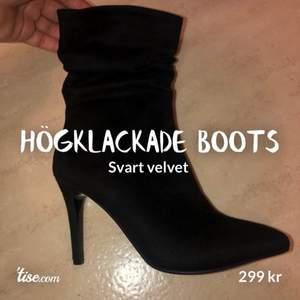 Helt oanvända svarta velvet boots! Smal klack  Storlek: 38 Ni hittar mig även på Tise!