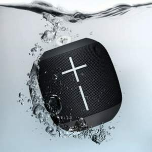 Wonderboom™ Bluetooth högtalare som är ny, oöppnad i förpackning. Den är vattentät och flyter. Nypris 699kr säljer för 400kr. Kan hämtas i Uppsala.