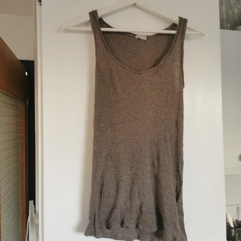 Beige/brunt linne från American vintage, strl S, frakt ingår i priset 🌺. Toppar.