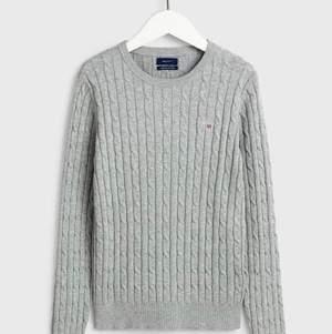 Kabelstickad tröja från GANT storlek XS. Använd ca 5 gånger. Men jätte fint skick. Köpt för 1.300, säljer för 500. Pris kan diskuteras vid snabb affär. 🎀