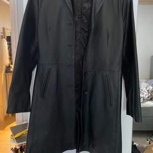 Saki Leather storlek 38