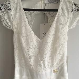 Oanvänd med lappar kvar! | Chiara Forthi Princess Dress Antique White Ord pris 599 kr | Köparen står för frakt:)