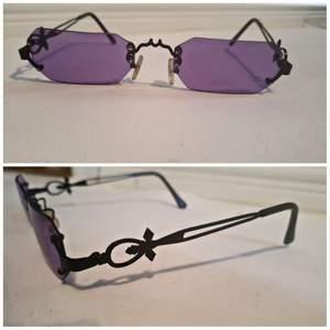 Goth solglasögon, egendesignade