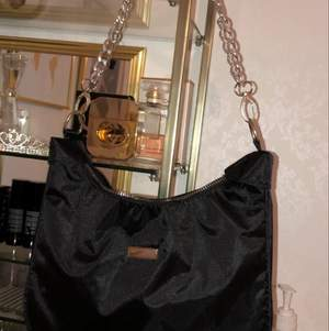 Väska från boohoo, aldrig använd