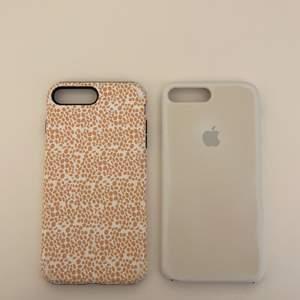 Iphone skal t 7 och 8 PLUS. Använda och lite slitna därav priset 20kr per styck. Frant tillkommer. Från caseapp och de vita apple